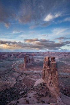 Three Gossips & Courthouse Towers, Arches National Park, Utah