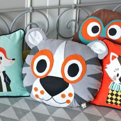 1 - coussin Ferm Living 40,5€ http://deco-graphic.com/coussins/1512-coussin-tiger.html