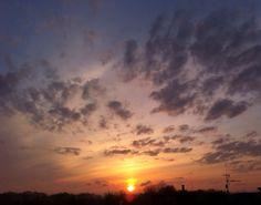Sunrise☀️ #nofilter #sun #sunrise #sunshine #early #earlymorning #goodmorning #warm #beautifulweather #colorful #poland
