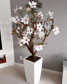 Magnoliaboom met blad! Close to real. (Zijden magnoliaboom/silk flowers)