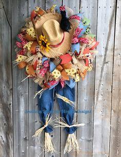 Wreath Fall, Autumn Wreaths, Diy Wreath, Holiday Wreaths, Western Wreaths, Fall Scarecrows, Scarecrow Wreath, Petal Pushers, Halloween Displays