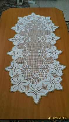 Crochet Table Runner Pattern, Crochet Motif Patterns, Crochet Tablecloth, Crochet Diagram, Crochet Designs, Crochet Mat, Crochet Cord, Crochet Dollies, Free Crochet