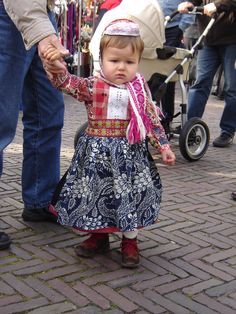 Little boy! #NoordHolland #Marken Tribal Dress, Wedding Costumes, Leiden, Folk Costume, Festival Wear, Homeland, Traditional Dresses, Dance Wear, Little Boys