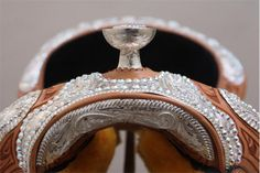 The Rio Crystal Show Saddle with real swaroviski crystals from Dale Chavez. I dream of this saddle