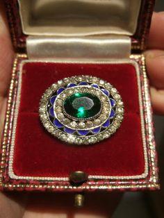 QUALITY Antique STERLING SILVER Green STONE Diamond PASTE & ENAMEL TARGET BROOCH.