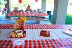teddy bear picnic birthday | also had 12 photos of Lilly, 1 from each month since she was born.