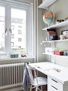 Window workspace | Delikatissen