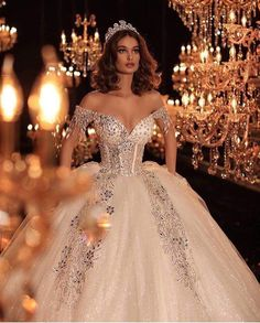 38 Beautiful Sparkly Wedding Dress Ideas For Spring And Summer Dream Wedding Dresses, Bridal Dresses, Wedding Gowns, Dresses Dresses, Wedding Bells, Princess Wedding, Queen Wedding Dress, Princess Fairytale, Fairytale Gown