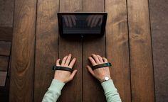 指の動きを認識してタイピングできるエアーキーボード「AirType」