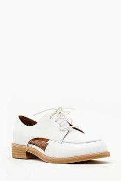 Jeffrey Campbell Rossdale Cutout Oxford | Shop Flats at Nasty Gal