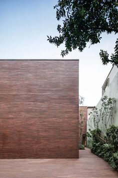 Casa Sierra Fria / Mexico City, Mexico / 2019 | Brick Facade, Facade House, Brick Wall, Brick Houses, Residential Architecture, Contemporary Architecture, Interior Architecture, Interior Design, Sunken Patio