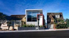 Dieser Residence As The Modern Intruder In A Traditional Neighborhood