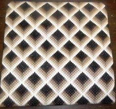 Bargello black and white vervaco kit para bordar – Artofit Bargello Patterns, Bargello Needlepoint, Tapestry Crochet Patterns, Bargello Quilts, Crochet Square Patterns, Crochet Quilt, Needlepoint Stitches, Crochet Squares, Crochet Motif