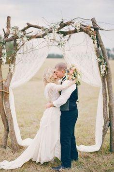 shabby sheek wedding decorating ideas   Romantic Ceremony Decoration Ideas