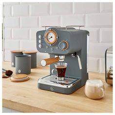 Barista Coffee Machine, Coffee Machine Design, Coffe Machine, Home Coffee Machines, Best Coffee Maker, Espresso Coffee Machine, Coffee Shop, Best Home Espresso Machine, Machine Expresso