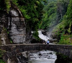 "Lower Fall & Stone footbridge at Letchworth State Park, New York, USA - via Wikipedia, Author is user ""Suandsoe"""