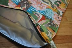 Cloth Diaper Guru: DIY Wet bag, plus sewing tips - single piece of PUL inside cotton outerlayer Baby Sewing Projects, Sewing Hacks, Sewing Tips, Sewing Ideas, Sewing Tutorials, Sewing Patterns, Cloth Bags, Cloth Diapers, Cloth Diaper Pattern