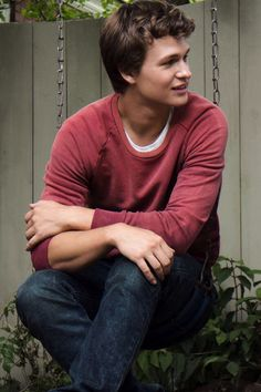 The Fault In Our Stars: AGUSTUS WATERS! One of my new husbands! I love how he is so nice and I love his personality