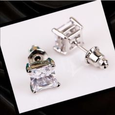 Silver plated studs Silver plated square rhinestone stud earrings! Simple and classy look Nice quality‼️last pair‼️ Jewelry