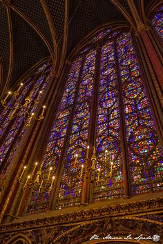 Stained Glass Windows in Sainte Chapelle ~ Paris, France Stained Glass Church, Stained Glass Art, Stained Glass Windows, Baroque Architecture, Beautiful Architecture, Beautiful Buildings, Sainte Chapelle Paris, Saint Chapelle, City Painting