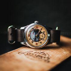 Nice unisex wrist watch Pobeda, mechanical watch 50s, ladies vintage watch, mens watch, soviet watch, hand painted dial case