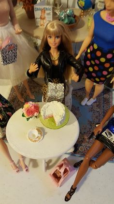 The One Sixth Scale Dollhouse Barbie Birthday, Diy Dollhouse, Scale, Dioramas, Weighing Scale, Libra, Balance Sheet, Ladder, Weight Scale