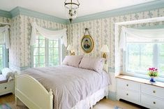 swedish country decor | This bedroom takes you back to the part of Swedish decor that ...