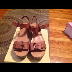 Lucky Brand flatforms Cute Lucky Brand sandals excellent condition only worn twice!!! Lucky Brand Shoes Sandals