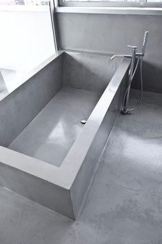 Vasca in resina effetto cemento