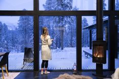 Honka log home and cabin kits are the perfect choice when you're looking for an easy and effective way to build a healthy and ecological log home. Cabin Kits, Nature Artwork, One With Nature, Organic Living, Log Homes, Scandinavian Style, Timeless Design, Custom Homes, Building A House