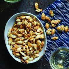 pumpkin seed recipes Pumpkin Seeds with Every little thing Bagel Seasoning , Pumpkin Seed Nutrition, Savory Pumpkin Seeds, Pumpkin Seed Recipes, Toasted Pumpkin Seeds, Roast Pumpkin, Baked Pumpkin, Diabetic Snacks, Healthy Snacks For Diabetics, Healthy Recipes