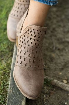 Side Cut Fashion Booties | 2 Colors