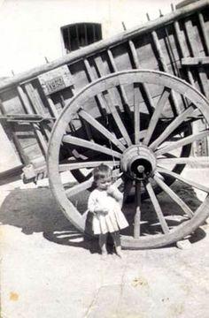 Foto antigua de la vida laboral en Granja de Torrehermosa (Badajoz)