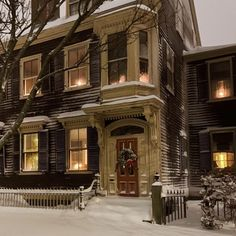 Best Seasons, Interior Exterior, House Goals, Winter Christmas, My Dream Home, Wonderful Time, Future House, Beautiful Places, Scenery