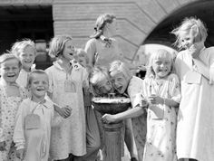 Finnish refugee Children in Uppsala, Sweden July 1944 Carnival Festival, Uppsala, People Around The World, Pretty People, Finland, Vintage Photos, Sweden, Nostalgia, The Past
