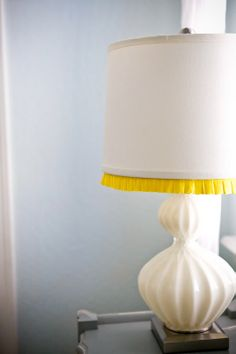 Spruce up a simple lamp with a bright edge of fabric on the shade. Modern Kitchen Design, Interior Design Kitchen, White Lamp Shade, I Love Lamp, Summer Painting, Old Lamps, Unique Lighting, Room Themes, Lampshades