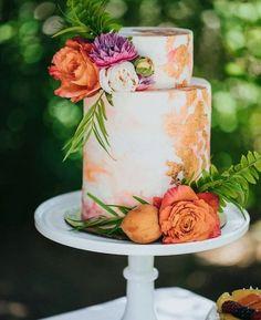 watercolor hand painted wedding cake for 2019 trends - Wedding Inspiration - Beautiful Wedding Cakes, Beautiful Cakes, Amazing Cakes, Floral Wedding Cakes, Wedding Cake Designs, Wedding Flowers, Cake Wedding, Wedding Blog, Wedding Venues