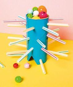Das Trinkhalm-Spiel ~ Hier wartet doppelter Spaß auf euch: erst beim Basteln, … The Drinking Straw Game ~ Here's double fun waiting for you: first while crafting, then playing. Kids Crafts, Diy Crafts To Do, Creative Crafts, Jar Crafts, Games For Kids, Diy For Kids, Activities For Kids, Diy Niños Manualidades, Straw Crafts