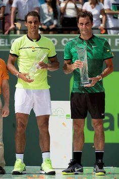 2017 Rafa Nadal & Roger Federer in Miami Roger Federer, Tennis Rafael Nadal, Tennis Online, Rafa Nadal, Tennis Legends, Tennis World, Tennis Workout, Tennis Tips, Tennis Elbow