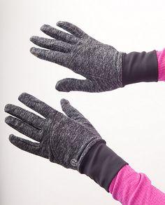 lululemon brisk run gloves. need some of these bad boys!