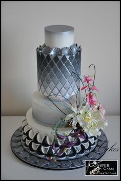 Perth Royal Show Wedding Cake 1st Prize and 2 special prizes 2015 by Comper Cakes - http://cakesdecor.com/cakes/218120-perth-royal-show-wedding-cake-1st-prize-and-2-special-prizes-2015