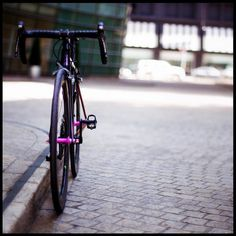 You can always find somewhere to park you bike. Follow us @gwcycling #cyclinglife #cyclingphotos #cyclingshots #roadcycling #cyclingpics #procycling visit http://ift.tt/2CQJpXr