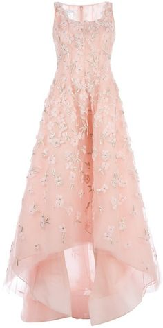 Oscar De La Renta Pink Floral Embellished Evening Gown - I can imagine this would be the most beautiful gown for a summer wedding! It is the most gorgeous blush pink with its dainty, feminine, floral embellishments. Beautiful Gowns, Beautiful Outfits, Pink Dress, Dress Up, Gown Dress, Bridesmaid Dresses, Prom Dresses, Peach Dresses, Pink Gowns
