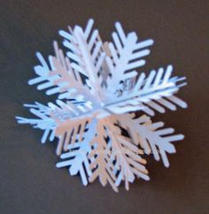 Extreme Cards and Papercrafting: Slotted Snowflake