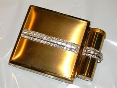 Rare Vintage rhinestone and gold tone compact
