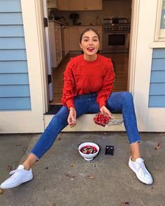 You won't believe where Olivia Culpo got her outfit from! Spring Outfits, Winter Outfits, Casual Outfits, Cute Outfits, Fashion Outfits, Fashion Trends, Olivia Culpo, Looks Street Style, Outfit Goals