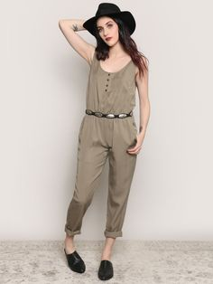 """<p>57"""" Length</p><br /> <p>34"""" Bust</p><br /> <p>28"""" Waist</p><br /> <p>100% Tencel</p><br /> <p>Measurements taken from a size Small</p>"""