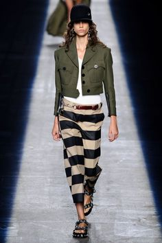 Alexander Wang at New York Fashion Week Spring 2016 - Livingly