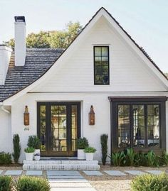 farmhouse, farmhouse exterior, White House, cute farmhouse, farmhouse exterior, White House, cute farmhouse