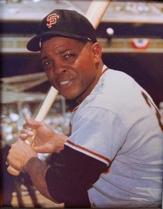 Willie Mays - Say what you will about A-Rod or Ken Griffey, Jr., or even Ozzie. He was my all-time favorite. Giants Team, My Giants, Giants Baseball, Best Baseball Player, Better Baseball, Baseball Stuff, New York Mets, New York Giants, Indians Baseball